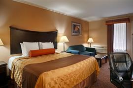 44523_004_Guestroom