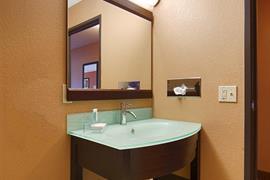 18075_006_Guestroom