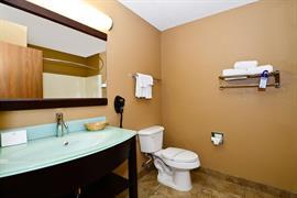 18075_007_Guestroom
