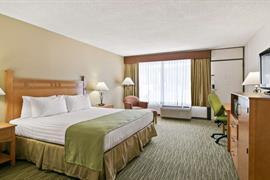 03067_005_Guestroom