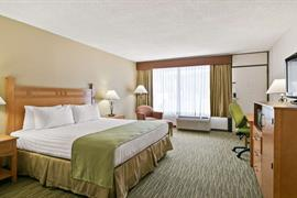 03067_006_Guestroom