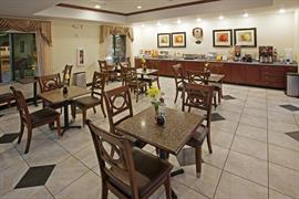 44621_006_Restaurant