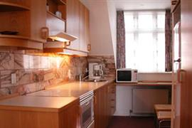 96054_006_Guestroom