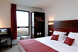 93656_002_Guestroom