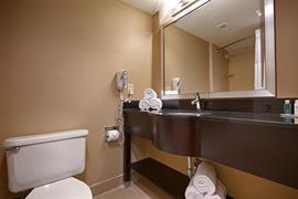 10225_007_Guestroom