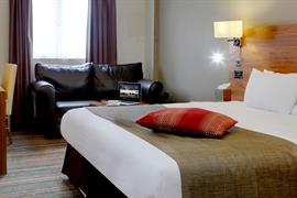 palm-hotel-bedrooms-95-83924