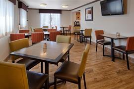 27027_007_Restaurant