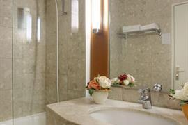 93714_003_Guestroom