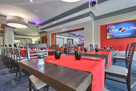 93714_007_Restaurant