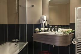 93768_004_Guestroom