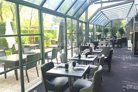 93842_007_Restaurant