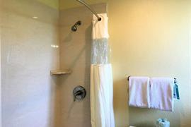 05067_059_Guestroom