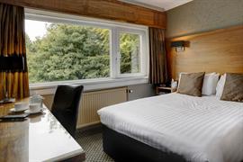 park-hotel-bedrooms-11-83459