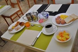 98161_005_Restaurant