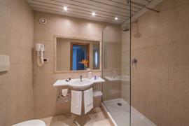 98182_001_Guestroom
