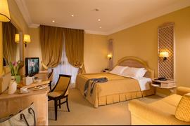 98182_002_Guestroom