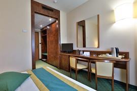 98182_003_Guestroom