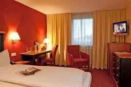 95407_003_Guestroom