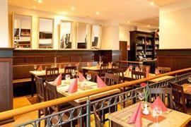 95407_006_Restaurant