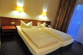 95464_001_Guestroom