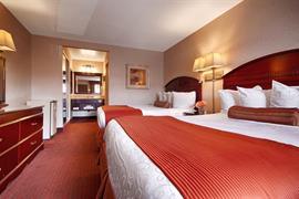 05323_006_Guestroom
