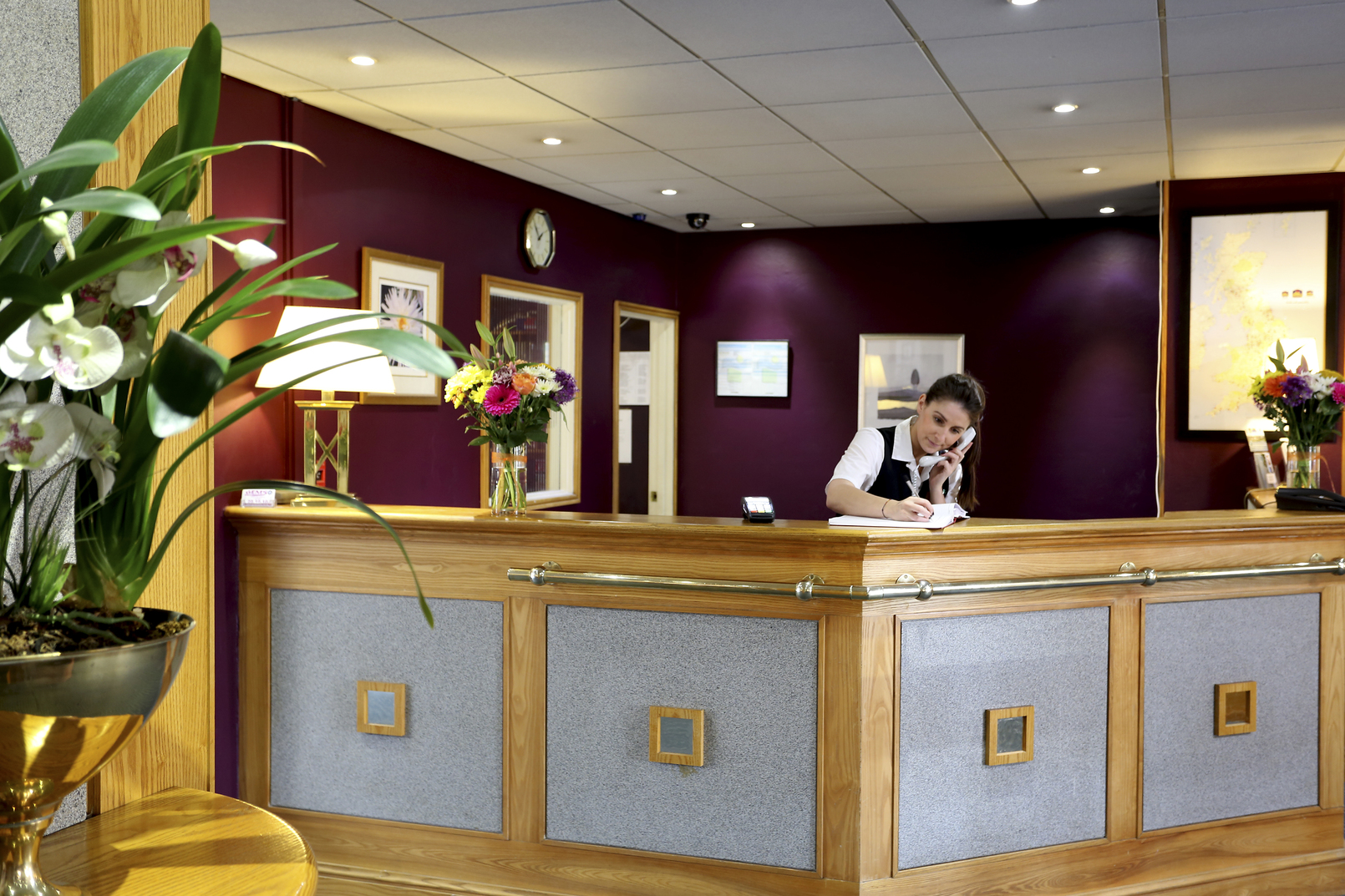 Best western passage house hotel for Home passage designs