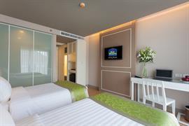 99360_004_Guestroom