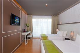 99360_005_Guestroom