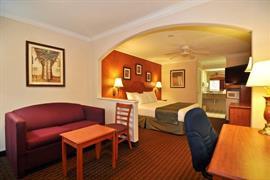 44428_005_Guestroom