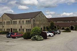 pennine-manor-hotel-grounds-and-hotel-13-83985