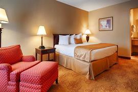 32103_001_Guestroom