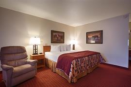 42022_006_Guestroom