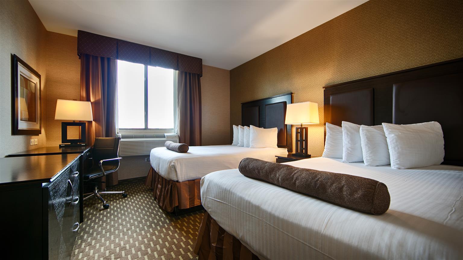 Best Western Plaza Hotel Long Island