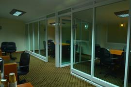 70154_007_Businesscenter
