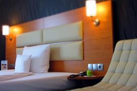 95417_007_Guestroom