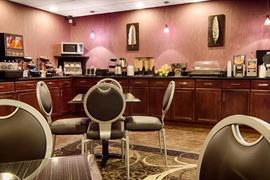 50136_004_Restaurant