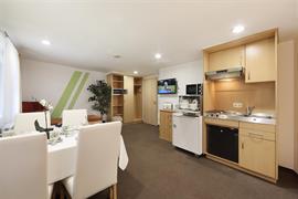 95478_006_Guestroom
