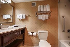 45072_006_Guestroom