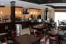 44669_002_Restaurant