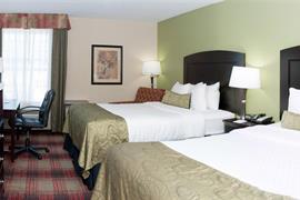 44669_005_Guestroom