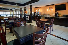 44669_007_Restaurant