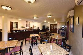 48148_004_Restaurant
