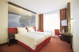 95473_004_Guestroom