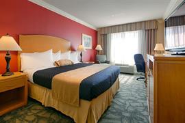 05696_007_Guestroom