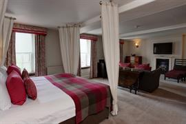 angel-hotel-bedrooms-09-83654