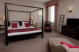 angel-hotel-bedrooms-20-83654