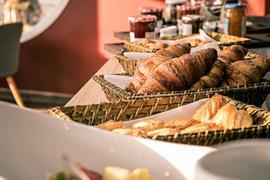 93851_005_Restaurant