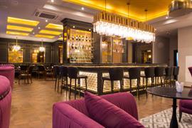 91233_004_Restaurant