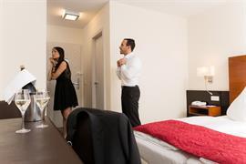 95273_003_Guestroom