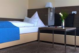 95273_006_Guestroom